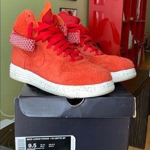 Nike Lunar Force Hi x Undefeated